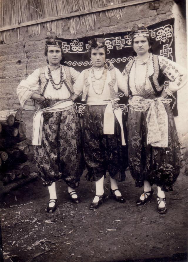 DALJ, KRALJICE, 1924